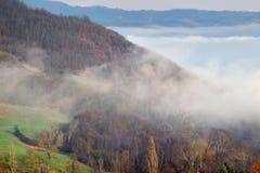 Ιταλικό τοπίο στα Apennines βουνά Στοκ Φωτογραφία