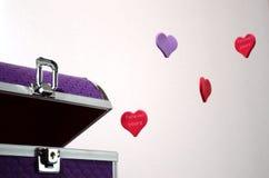 Ιώδες κιβώτιο της καρδιάς Στοκ Φωτογραφίες