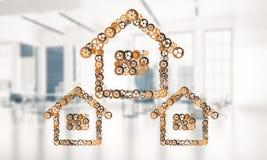 Ιδέα ακίνητων περιουσιών ή κατασκευής που παρουσιάζεται από το εγχώριο εικονίδιο στο λευκό Στοκ φωτογραφία με δικαίωμα ελεύθερης χρήσης
