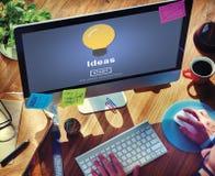 Ιδέες που μοιράζονται την αντικειμενική σε απευθείας σύνδεση έννοια αποστολής ιστοχώρου Στοκ Εικόνες