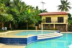 Ιδιωτική πισίνα VIP θερέτρου κατοικιών σε Negros Ασιάτης, Φιλιππίνες Στοκ φωτογραφίες με δικαίωμα ελεύθερης χρήσης