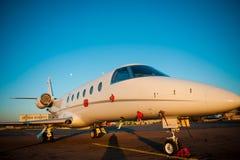 Ιδιωτικό αεροπλάνο αεριωθούμενων αεροπλάνων Στοκ εικόνες με δικαίωμα ελεύθερης χρήσης
