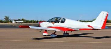 Ιδιωτικό αεροπλάνο - απογείωση/προσγείωση - τομέας γερακιών, Αριζόνα Στοκ φωτογραφίες με δικαίωμα ελεύθερης χρήσης