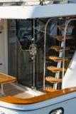 Κάθετη σκάλα στο γιοτ πολυτέλειας Στοκ Εικόνες