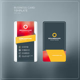 Κάθετο πρότυπο τυπωμένων υλών επαγγελματικών καρτών Προσωπικά WI επαγγελματικών καρτών Στοκ φωτογραφία με δικαίωμα ελεύθερης χρήσης