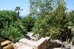 Κάθοδος στον περίπατο σε Kaleici, Antalya στοκ φωτογραφίες με δικαίωμα ελεύθερης χρήσης
