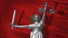 Κάλυψη για το νόμο Άγαλμα του Θεού της δικαιοσύνης Themis με τη σημαία του υποβάθρου του Μαρόκου Αρχικό άγαλμα της δικαιοσύνης Fe Στοκ φωτογραφία με δικαίωμα ελεύθερης χρήσης