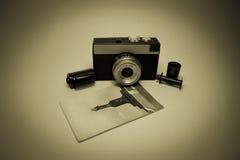 Κάμερα αναδρομική Στοκ φωτογραφίες με δικαίωμα ελεύθερης χρήσης