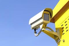 Κάμερα παρακολούθησης και επιτήρηση Στοκ εικόνες με δικαίωμα ελεύθερης χρήσης