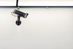 Κάμερα CCTV ασφάλειας στον τοίχο Στοκ Φωτογραφίες