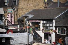 Κάμντεν, Λονδίνο, μεγαλύτερο Λονδίνο, UK, το Σεπτέμβριο του 2013, αγορά ναυπηγείων πόλης δύσης του Κάμντεν στοκ εικόνες