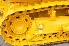 κάμπια ζωνών metall κίτρινη Στοκ φωτογραφία με δικαίωμα ελεύθερης χρήσης
