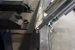 Κάμψη του μετάλλου στη μηχανή Στοκ φωτογραφίες με δικαίωμα ελεύθερης χρήσης