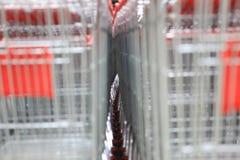 Κάρρο αγορών, κόκκινο Στοκ φωτογραφίες με δικαίωμα ελεύθερης χρήσης