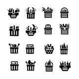 Κάρρο αγορών με τα εικονίδια τροφίμων Στοκ εικόνα με δικαίωμα ελεύθερης χρήσης