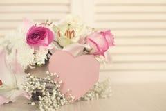 Κάρτα ημέρας λουλουδιών και βαλεντίνων Στοκ Φωτογραφία