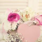 Κάρτα ημέρας λουλουδιών και βαλεντίνων Στοκ Εικόνες