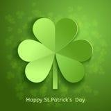 Κάρτα ημέρας του ST Πάτρικ ` s με το πράσινο τρισδιάστατο τέμνον έγγραφο τριφυλλιού φύλλων επίσης corel σύρετε το διάνυσμα απεικό Στοκ εικόνες με δικαίωμα ελεύθερης χρήσης