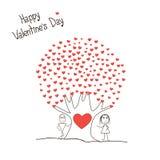 Κάρτα με το αγόρι και το κορίτσι και δέντρο των καρδιών Στοκ Εικόνα