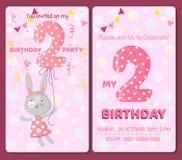 Κάρτα πρόσκλησης γενεθλίων με το χαριτωμένο ζώο Στοκ Εικόνες