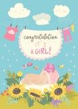 Κάρτα της Νίκαιας με το χαριτωμένο μωρό στα λουλούδια Στοκ Εικόνες