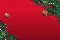 Κάρτα Χριστουγέννων με ένα κόκκινο υπόβαθρο με μια χρυσή σφαίρα ελεύθερη απεικόνιση δικαιώματος