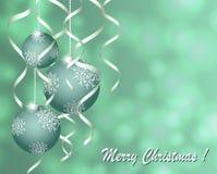 Κάρτα Χριστουγέννων χαιρετισμού με τις σφαίρες με ασημένιο serpentine στο γκρίζο υπόβαθρο διανυσματική απεικόνιση