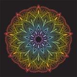 Κάρτα χρώματος διακοσμήσεων με το mandala διακοσμητικός τρύγος στ&o Μαύρη ανασκόπηση ΛΟΓΟΤΥΠΟ διανυσματική απεικόνιση