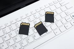 Κάρτες μνήμης SD στο πληκτρολόγιο Στοκ Εικόνες