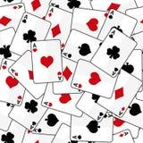 Κάρτες παιχνιδιού με το άνευ ραφής σχέδιο τεσσάρων άσσων ελεύθερη απεικόνιση δικαιώματος