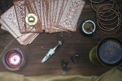 κάρτες tarot Αφηγητής τύχης divination στοκ φωτογραφία με δικαίωμα ελεύθερης χρήσης