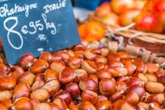 Κάστανο στην αγορά αγροτών Στοκ Εικόνες