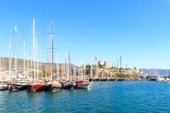 Κάστρο και βάρκες Bodrum στο bodrum Στοκ Εικόνες