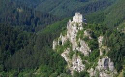 Κάστρο καταστροφών Strecno στοκ φωτογραφίες