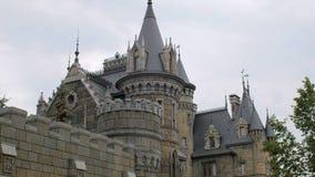 Κάστρο νεράιδων, vanes, πύργοι, κώνοι, στατικός πυροβολισμός απόθεμα βίντεο