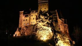 Κάστρο πίτουρου στη νύχτα απόθεμα βίντεο