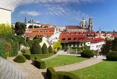 Κάστρο της Πράγας, εκκλησία του Άγιου Βασίλη Στοκ φωτογραφία με δικαίωμα ελεύθερης χρήσης