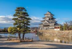 Κάστρο του Ματσουμότο, εθνικός θησαυρός της Ιαπωνίας Στοκ εικόνα με δικαίωμα ελεύθερης χρήσης