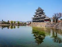 Κάστρο του Ματσουμότο με το άνθος sakura, Ματσουμότο, Ιαπωνία 16 Στοκ εικόνες με δικαίωμα ελεύθερης χρήσης