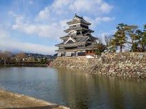 Κάστρο του Ματσουμότο το καλοκαίρι, πόλη του Ματσουμότο, Ναγκάνο, Ιαπωνία Στοκ φωτογραφία με δικαίωμα ελεύθερης χρήσης