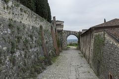 Κάστρο του Brescia στην Ιταλία όπου μπορέσατε να δείτε την πόλη μέσω στοκ εικόνες