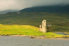 Κάστρο Ardvreck, λίμνη Assynt, Σκωτία Στοκ Φωτογραφίες