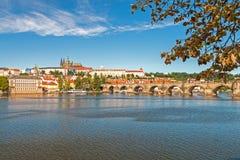 κάστρο Charles Πράγα γεφυρών Στοκ Φωτογραφίες