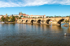 κάστρο Charles Πράγα γεφυρών Στοκ φωτογραφίες με δικαίωμα ελεύθερης χρήσης