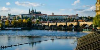 κάστρο Charles Πράγα γεφυρών Στοκ εικόνες με δικαίωμα ελεύθερης χρήσης