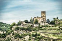 Κάστρο Gutenfels ορόσημων σε Kaub στο διάσημο φαράγγι του Ρήνου βόρεια Rudesheim στοκ φωτογραφίες με δικαίωμα ελεύθερης χρήσης