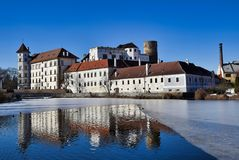 Κάστρο Jindrichuv hradec - άποψη πέρα από τη vajgar λίμνη στοκ φωτογραφίες με δικαίωμα ελεύθερης χρήσης