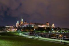 Κάστρο Wawel τη νύχτα, Κρακοβία, Πολωνία στοκ φωτογραφίες με δικαίωμα ελεύθερης χρήσης