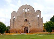 Κάτοικος αποικίας του Μέριντα καθεδρικών ναών εκκλησιών του Μεξικού Στοκ φωτογραφία με δικαίωμα ελεύθερης χρήσης