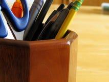 Κάτοχος μολυβιών και στυλών στοκ φωτογραφία